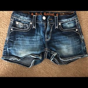 Brand new rock revival shorts size 26